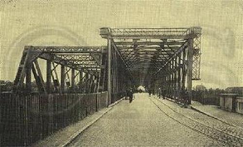 De oude Maasbruggen te Venlo (Overval Maasbruggen)